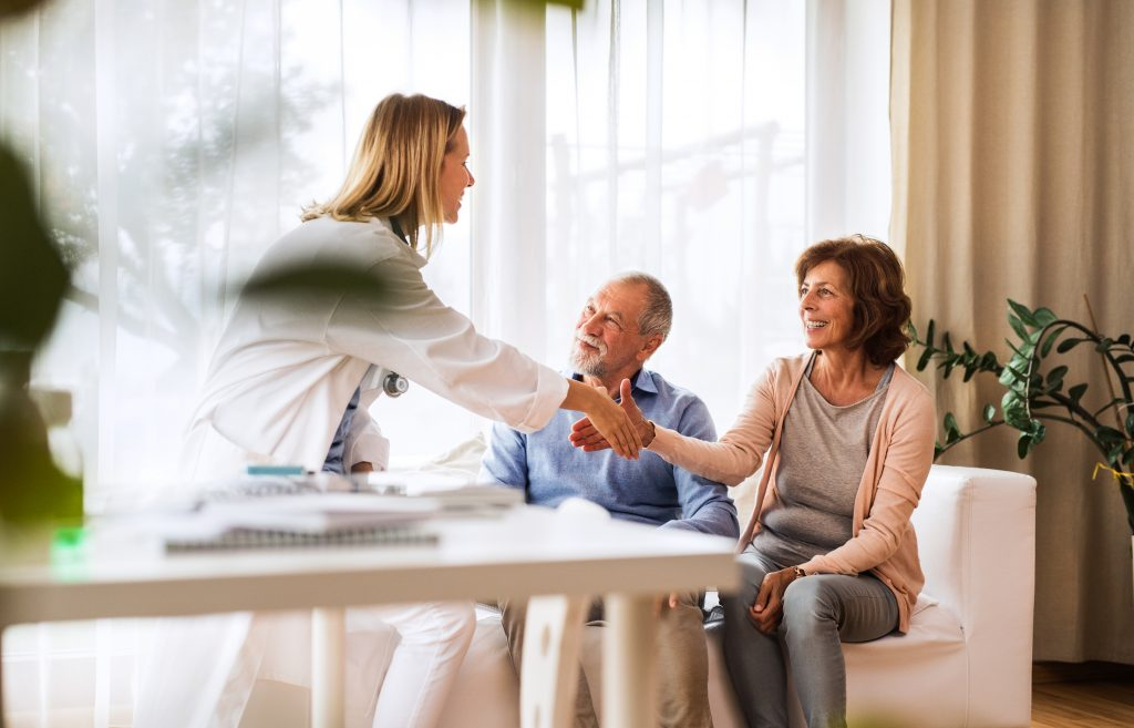 Hausbesuche vom Allgemeinarzt anfordern